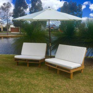 Umbrella-Lounges